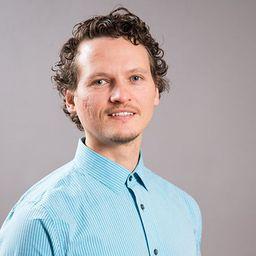 Professor Daniel Czyz